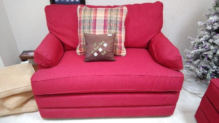 La -Z- Boy love seat