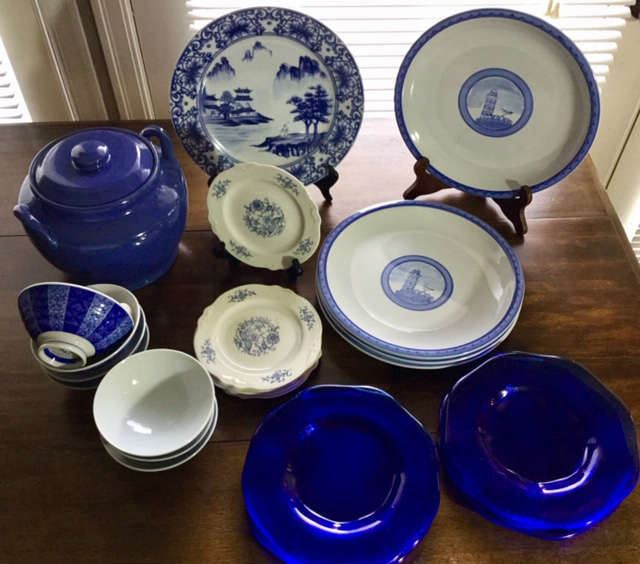 More blue dishware