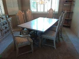 hibriten dining table