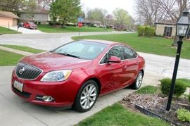 2012 Buick Verano, Leather Trim Package, Only 35,000 miles