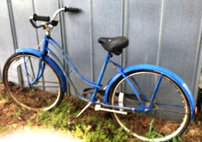 Vintage bike w/Dorcy speedometer