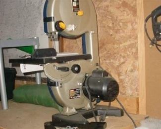 Near new band saw