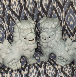 ceramic foo dogs