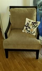 Ashley arm chair