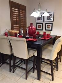 06 Bistro Style Dining Set with Red Chinese Dinnerware