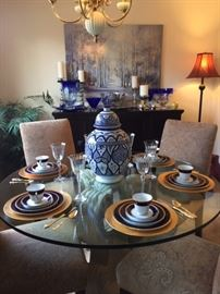 08a Glasstop Table and Noritake China