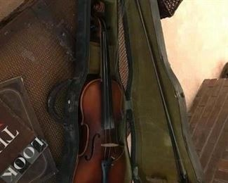 antique violin, bow and violin need restrung