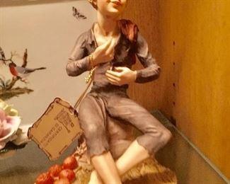 Capodimonte statue ( Made in Italy)