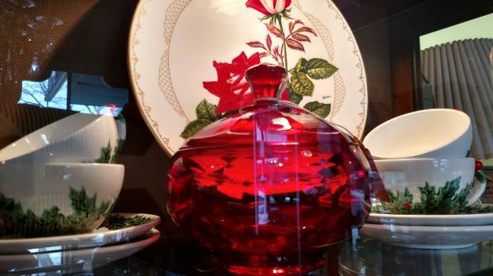 Lefton Holly and Red Glass