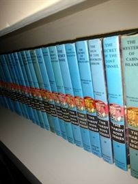 Complete set Hardy Boys. 1960's