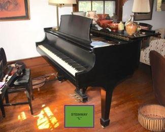 Black Steinway Baby Grand Piano Model L/404205