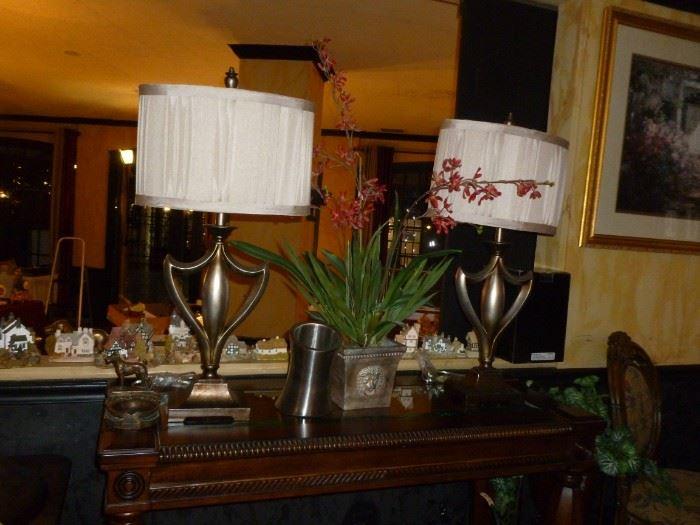 Lamps & misc. decor