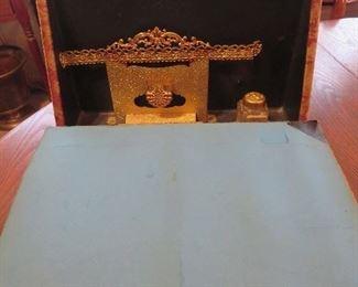 Desk Set inside Velvet Photo Albumn