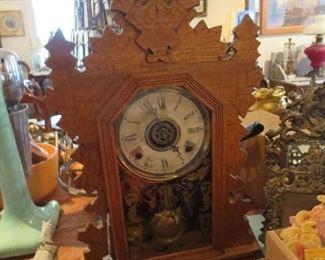 Oak Gingerbread Clock w Alarm Working