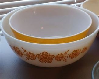Vintage Kitchen Bowls