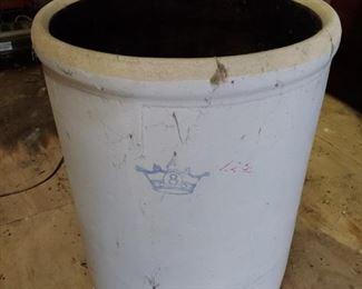 8 Gallon Stoneware Crock
