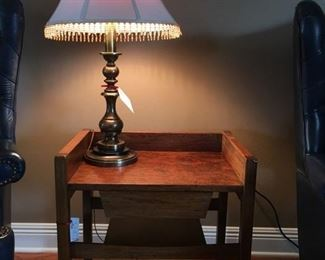 cute vintage wood table and nice lamp