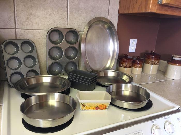 clean, clean pans