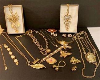 Goldtone Costume jewelry