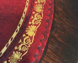 BEAUTIFUL DETAILED LEATHER INLAY