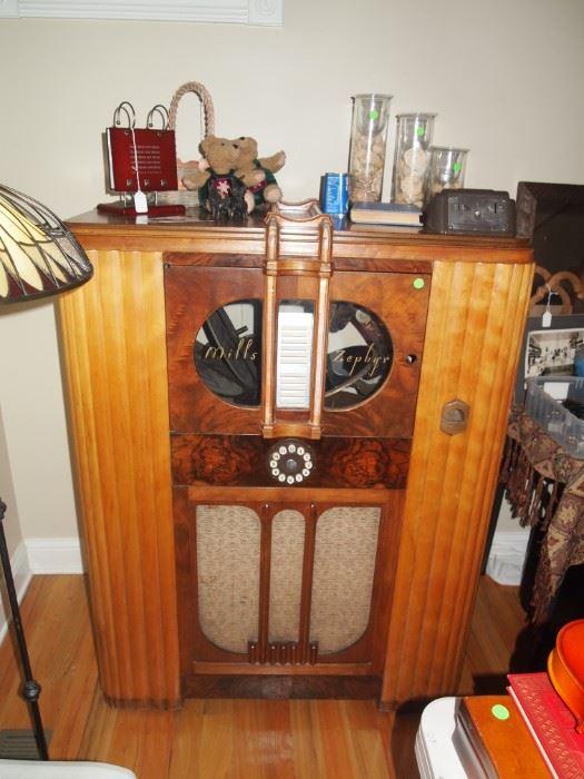 1938 Mills Zephyr Ferris Wheel Jukebox - $1000 obo (needs a new amplifier)