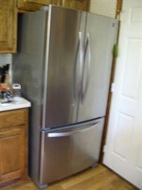 Kenmore Refrigerator...