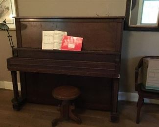 Antique Lyon & Healy piano