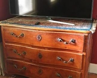 Great chest of drawers