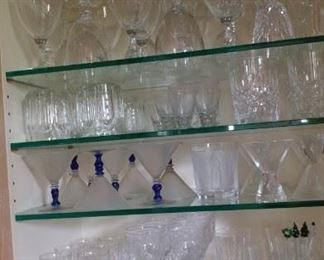 Lots of collectible glassware