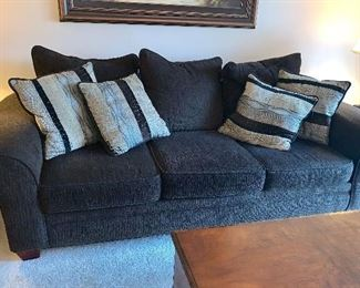Brown couch w/matching loveseat - w/pillows