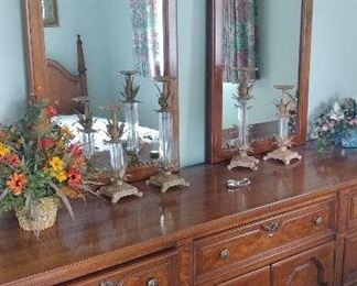 Dresser with double mirror