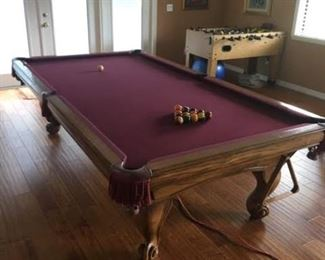 Pro-classic pool table in mint condition.  Located at second home in Windermere.