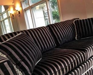 yep...Another Beautiful Sofa!...