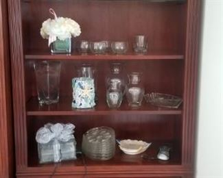 Lots of decor & collectibles