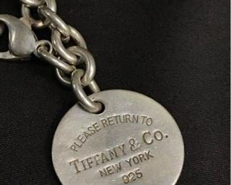 B029 Tiffany  Co Sterling Chain