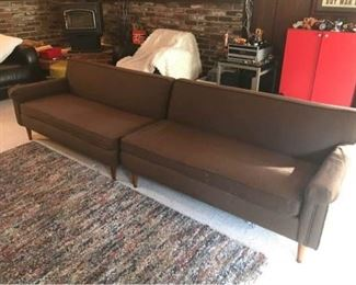 B047 MidMod Sectional Sofa