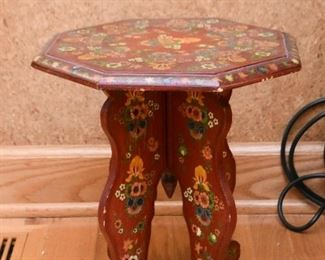 Small Painted Table / Pedestal