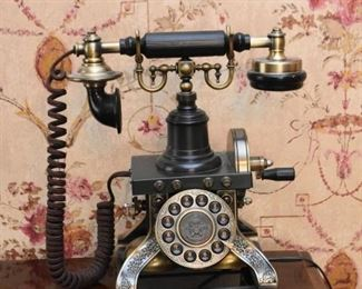 Reproduction Old Time Telephone