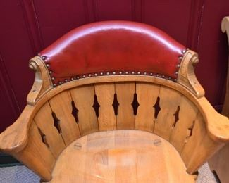 English Pub Chair