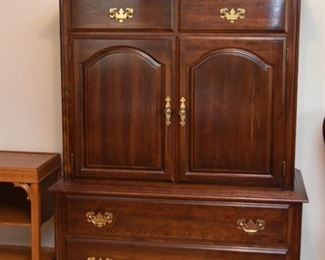 Traditional Highboy Chest / Dresser