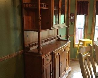 Beautiful Cabinet with great storage