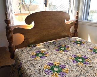 1920 Bed Set
