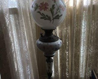 VICTORIAN PEDESTAL LAMP