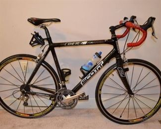 carbon Scott CR1 road bike with 3 front cogs