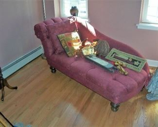 LOVE THE CHAISE-GREAT CONDITION