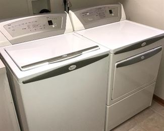 WHIRLPOOL WASHER AND GAS DRYER