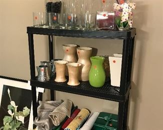 HOME DECORATIONS / VASES