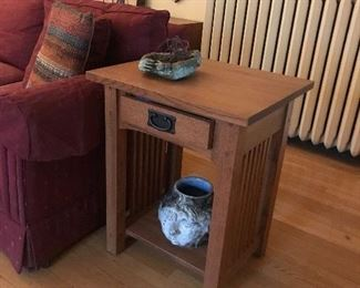 Mission style end table