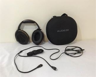 Audeze EL-8 Open Back Headphones     https://ctbids.com/#!/description/share/146092
