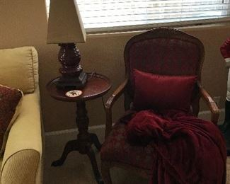 Accent Arm Chair /Lamp/End Table